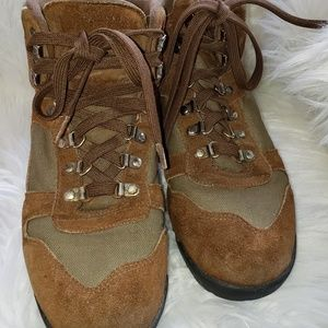 Cabela's hiking boots brown green suede mens 8.5